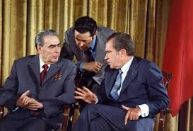 dbq how did the cold war begin and what weapons were used to  english richard nixon meets leonid brezhnev 19 1973 during the soviet leader s