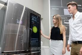 lg refrigerator with tv. image_readtop_2017_967_14832575272734448 lg refrigerator with tv