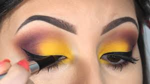 you can easily decorate the eyes by sitting at home eye coloring can be easy to choose from you can them according to the market