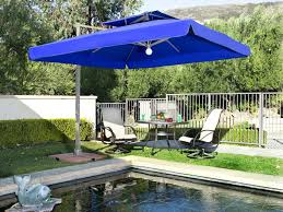 image of popular large patio umbrellas