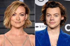 Olivia Wilde Staying at Harry Styles' L ...