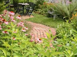 Google Garden Design Beauteous What's The Difference Between An Annual And A Perennial DIY