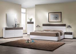 high design furniture. Italian Design MDF High Gloss Bedroom Furniture White / Walnut Color With 5 Sets