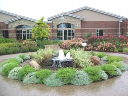... Landscape, Fascinating Colourful Round Modern Grass Front Yard  Landscape Designs Decorative The Poll And Flowers ...