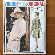 Twiggy Fashion Designer Vogue 2191 Vintage 1960s Nina Ricci Designer Size 10 Twiggy