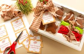 Decorative Cookie Boxes Gingerbread Cookie Recipe and Free Printable Tag The Bearfoot Baker 15