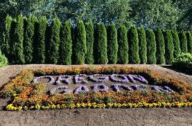 stay at the oregon garden resort art flowerore