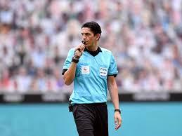 Die härteste konkurrenz im titelkampf ließ wichtige punkte liegen. Aytekin Fur Bundesliga Profis Der Beste Schiedsrichter Fussball News Nachrichten Und Berichte Weser Kurier