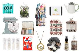 Christmas Gift Ideas for Mom - Cloth, Jewelry, Accessories