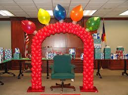 christmas office themes. Christmas Balloon Arch And Holiday Decorations Office Themes