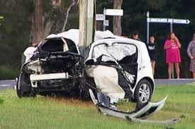 Two people killed in 'horrific' car crash north of Brisbane - ABC ...