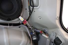 diy subwoofer amplifier installation diy articles do it oem amp wiring diagram posted image