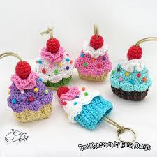 Crochet Cupcake Pattern Impressive Cupcake Key Cozy Crochet Pattern Allcrochetpatternsnet