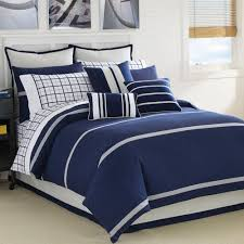 navy blue queen comforter. Perfect Blue Quilt Sets Comforter Bedding White And Navy Blue Colored Combine In Square  Big Warm Blanket With Queen O