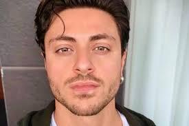 Chi è Virginio Simonelli: concorrente di Tale e quale show 2020