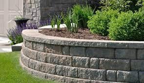 building a retaining wall where do i