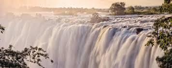 They are the major attraction, but this popular tourist destination offers both adventure seekers and sightseers plenty of. Infographic The Best Time To Visit Victoria Falls On Safari Art Of Safari