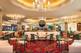 chandelier room las vegas hotel bars lounges bar lounge reviews parasol up down photo courtesy of