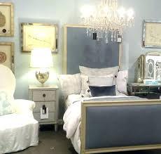 white bedroom chandelier bedroom chandeliers cool chandeliers for bedroom chandelier cool chandeliers for bedrooms bedroom chandelier white bedroom