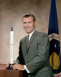 Richard Gordon (astronauta) - Wikipedia
