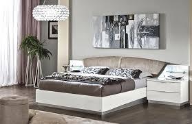 Amanda White Modern Bedroom Set