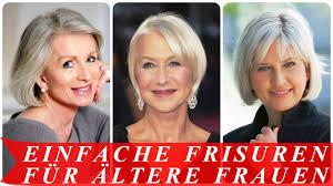 Dianes Kurzen Blonden Locken Sind Seite Getrennt Zu Umrahmen Ihr Gesicht Zart Und Bringen Ihre Ausdrucksstarken Blauen Augen Frisuren Mit A Linie