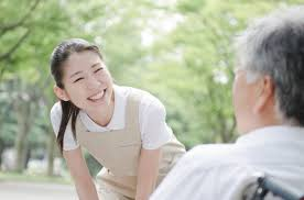 「介護職 画像 無料」の画像検索結果
