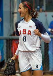 USA Softball Pitcher ...