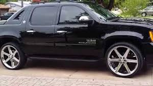 Chevy Avalanche 2013 on 26 inch iroc6 rims - YouTube