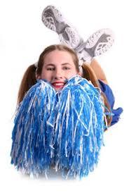 How to Make Cheerleading Pom Pons | LoveToKnow