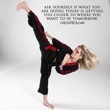 Tracy Chase   Taekwondo girl, Women karate, Martial arts girl