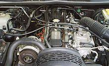 amc straight 6 engine engine bay of a 1993 jeep grand cherokee 4 0 l