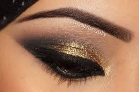 golden black eye makeup photo 1
