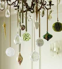 It's Written on the Wall: See 7 Different Christmas Chandeliers ...