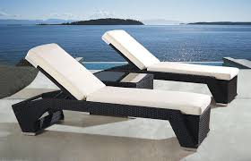 Outdoor Wicker Pool Lounge Chairs