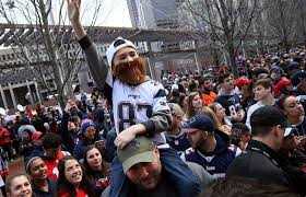 Bud Light King Patriots Parade Mayor Walsh Reminds You Not To Throw Things At The Champs
