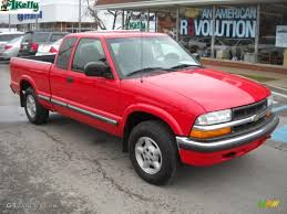 2003 Victory Red Chevrolet S10 LS Extended Cab 4x4 #27113461 ...