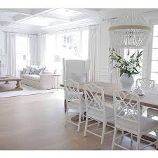 Beautiful whites in the gorgeous home of @jshomedesign ...