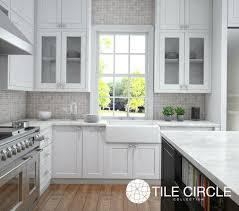 marble backsplash tiles kitchens 55 best classic marble tile for kitchens bathrooms images on