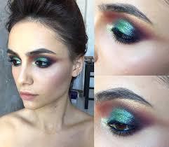 mermaid eye makeup look to make your hazel eyes pop