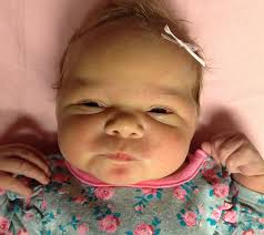 Baby Photos - Viewing Aurora Mae