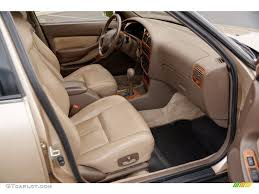Beige Interior 1995 Toyota Camry XLE V6 Sedan Photo #82634148 ...