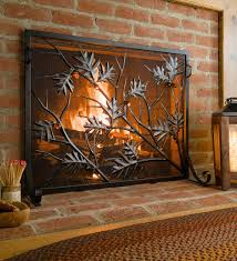 This beautifully detailed Golden Oak Fireplace Screen features graceful  metal oak branches and embossed leaves,