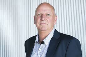 Profile: Dave Hooker Executive Director of NZACS - Convenience ...