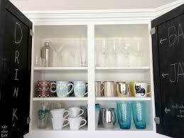 Old Kitchen Furniture Livelovediy How To Paint Kitchen Cabinets In 10 Easy Steps