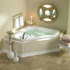 large whirlpool bathtubs whirlpool suite grand vacations suites