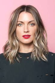 Mid Length Textured Hairstyles Best 20 Messy Bob Hair Ideas On Pinterest Messy Bob Messy Bob