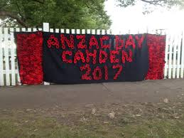 camden reflects on anzac day camden history notes camden anzac day 2017 sign of knitted poppies made by local folk i willis