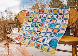 The Best Denim Rag Quilt Demo – Quilting Cubby & Denim circle rag quilt from blue jeans Adamdwight.com
