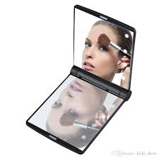 foldable 2 sided mirror with magnetic opening best choice for yourself or your friend you will not be disappointed lady makeup